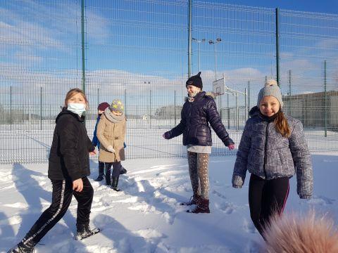 Zabawy na śniegu...